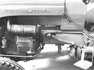 Porsche Junior 109 Motoransicht und Motorhaube