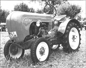 Porsche Traktor AP 22 Seitenansicht