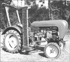 Porsche Traktor Junior 4 mit Mähwerk