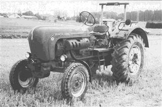 Porsche Traktor Master 409 mit Front- und Radgewichten