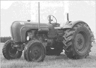 Porsche Traktor Master 418 Seitenansicht
