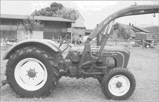 Porsche Traktor Master 419 mit Baas-Frontlader