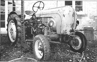 Porsche Traktor P 122 Felgen und Mähwerk