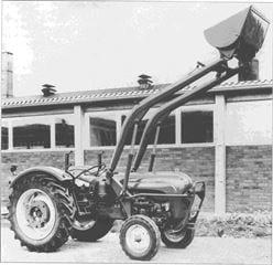 Porsche Traktor Super 339 mit Frontlader