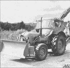 Porsche Traktor Super B 309 mit Schiebeschild
