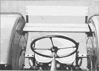 Porsche Traktor Super L 318 Beifahrersitzbank
